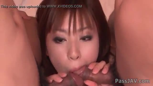 Attractive asain babe bounces her cunt on a dick